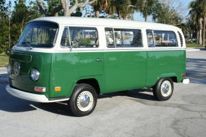 Ted-1971-VW-Bus